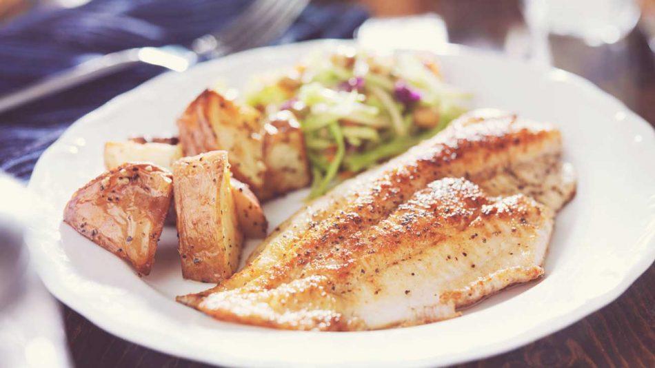 پیشگیری از پارکینسون با خوردن ماهی