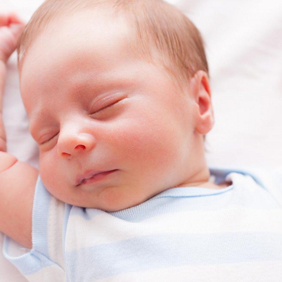 آشنایی با بیماری سندرم زجر تنفسی نوزادان