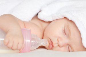 عوارض بطری شیر نوزاد