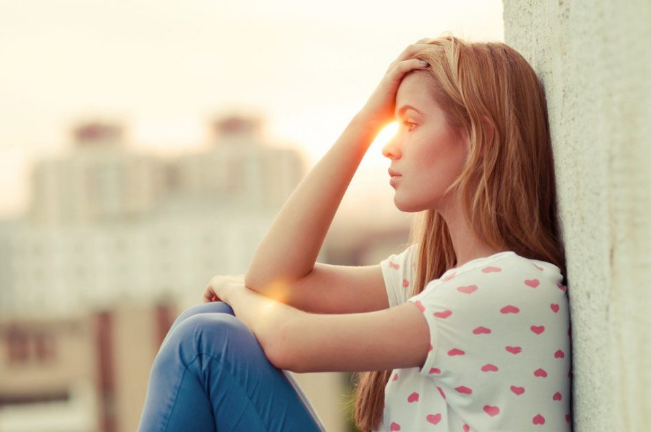 هورمون پروژسترون و علائم و علل کاهش آن
