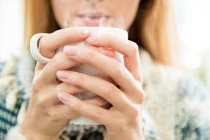 راهکار های ساده و خانگی برای درمان سرماخوردگی