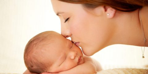 newborn and mother 1