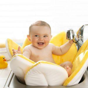 washing baby 1